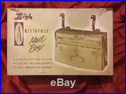 Aristocrat Solid Brass & Bronze Horizontal Wall-Mounting Mailbox, New Vintage