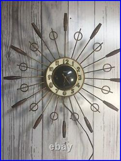Clock Mid Century United 18x18 Brass Wood Starlight Shape Vintage