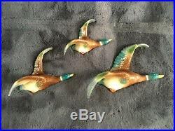 Graduated Set Of 3 Vintage Ho Pottery England Flying Duck Mallard Wall Plaques