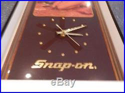 NEW OLD STOCK SNAP ON TOOLS Vintage Wall Clock Wood Plaque Hot Girl Model Garage