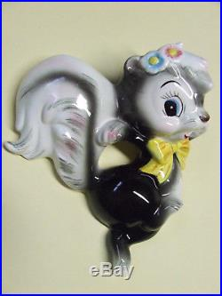 Rare/VHTF Vintage Skunk Trio (Momma & 2 Babies) withBows Wall Plaques (Japan)