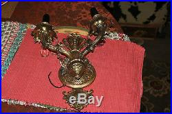 Vintage Victorian Style Brass Metal Double Light Sconce Wall Fixture-Detailed