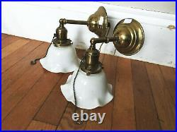 Vtg Colonial Pair of Brass Wall Sconces with Ruffle Shades and Pull Chain On/Off